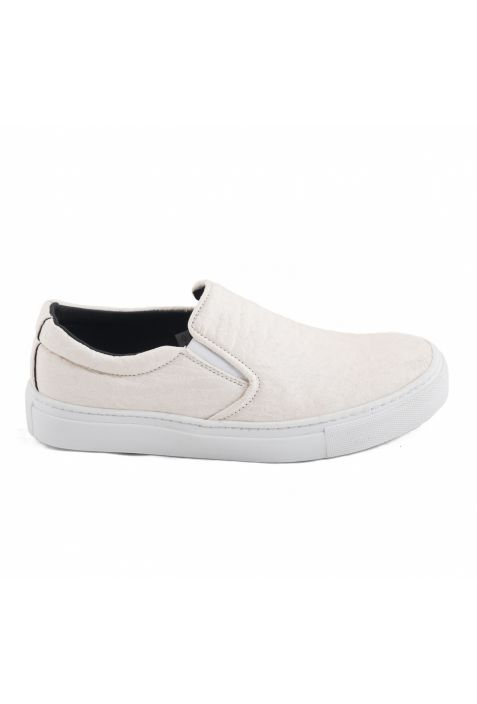 BARE BLACK SNEAKERSY SLIP-ON PINATEX™