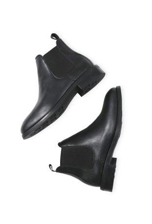WILL'S Vegan Waterproof Chelsea Black Boots