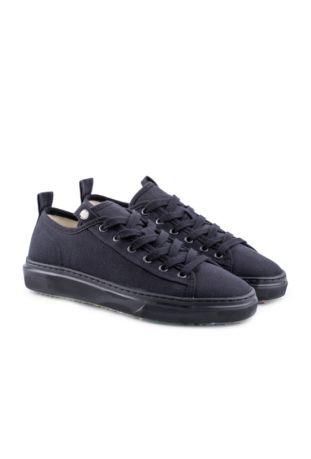 Zouri Eunicea Black vegan sneakers