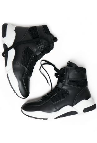 Will's Chicago High-Tops Black